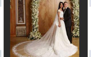 Самые шикарные свадебные платья звезд