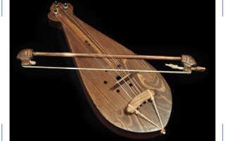 Гудок — любимый инструмент скоморохов